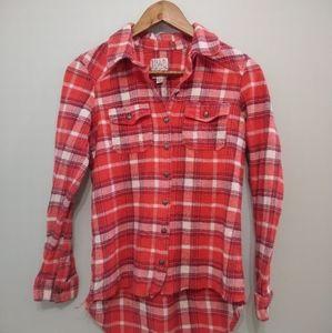 BILLABONG womens plaid buttons down shirt